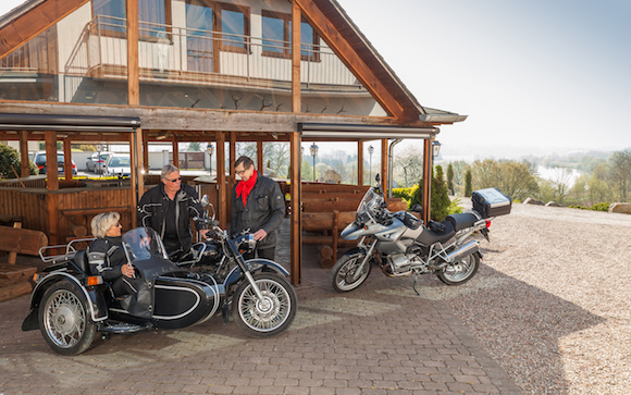 Landhotel-Weserblick-Weser-Biker-Land1